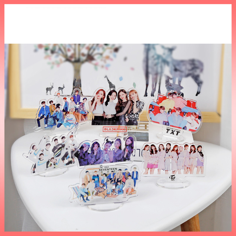 Kpop BLACKPINK TWICE SEVENTEEN TXT TWICE ITZY STRAY KIDS Transparent Acrylic Desk Stand Board Decor 15CM