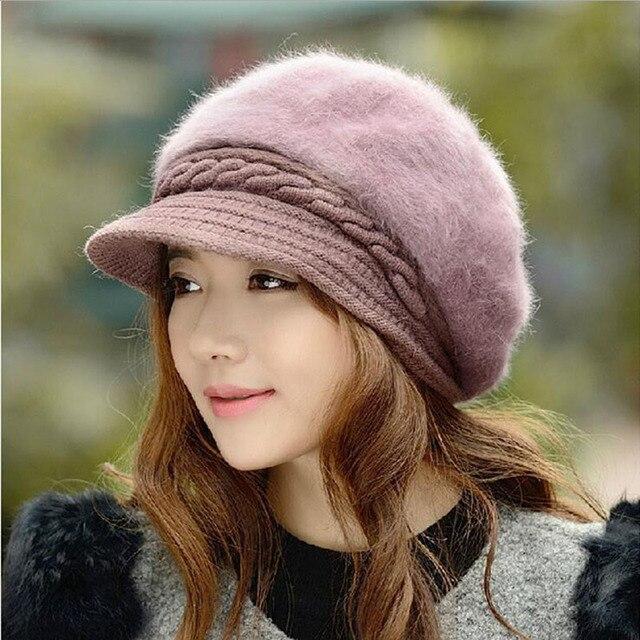 BINGYUANHAOXUAN nueva moda ajustable invierno mujeres de piel de conejo boina  sombrero sólido plano caliente orejeras fa23319691f