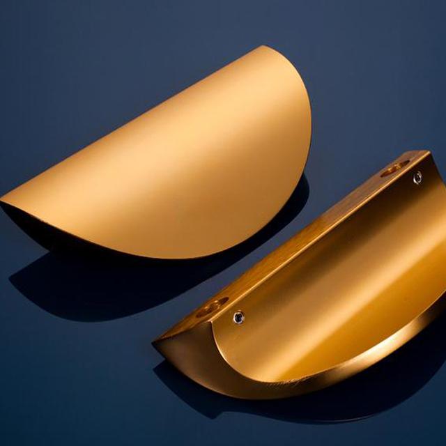 1 par 180mm Ouro Big Maçanetas de Porta Maçaneta Da Porta Punho Do Armário de Cozinha de Estilo Europeu Móveis Estantes Nova