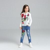 Floral mädchen anzug kinder kleidung mädchen kleidung jacke stieg + t-shirt + jeans für mädchen kinder gebrochen loch hosen