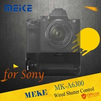 Meike MK A6300 Vertical Battery Grip hand pack holder Wired Shutter For Sony A6300 A6000 ILCE 6300 ILCE 6000 Camera Accessories