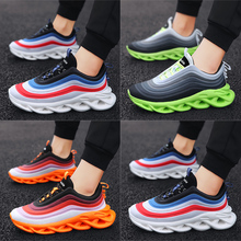 купить 2019 New Design Men Sport Running Shoes Youth Fashiong Trend Leisure shoes Outdoor Boy Jogging Trekking Light Sneakers Non-slip дешево