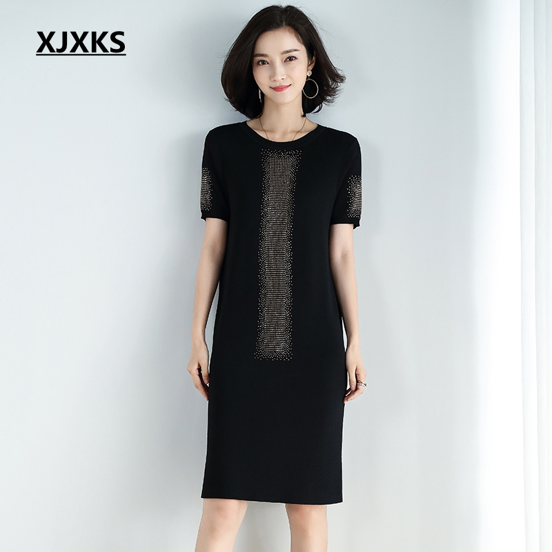 XJXKS 2019 Summer New Modis Young Women Round Neck Knitted Dress Short sleeved Thin Straight Women