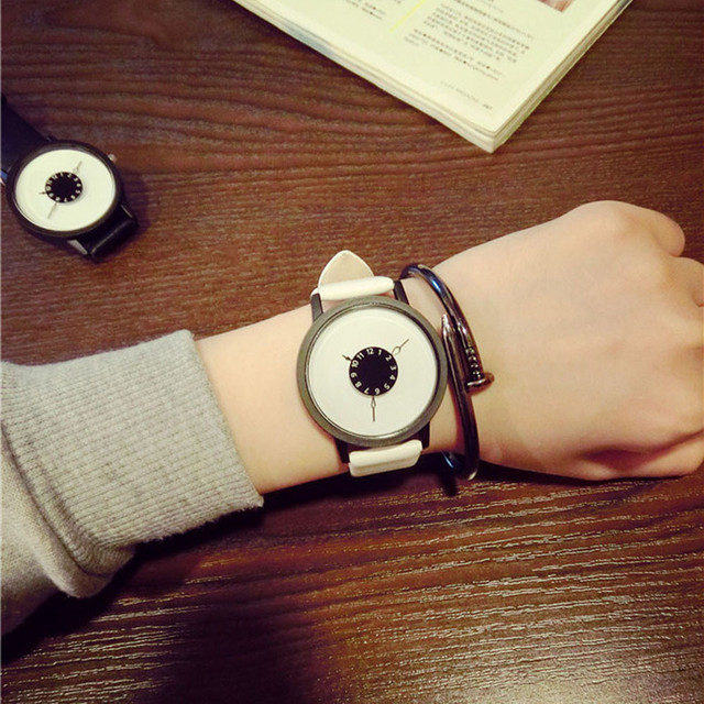 Faux Leather Strap Lovers Watches 4