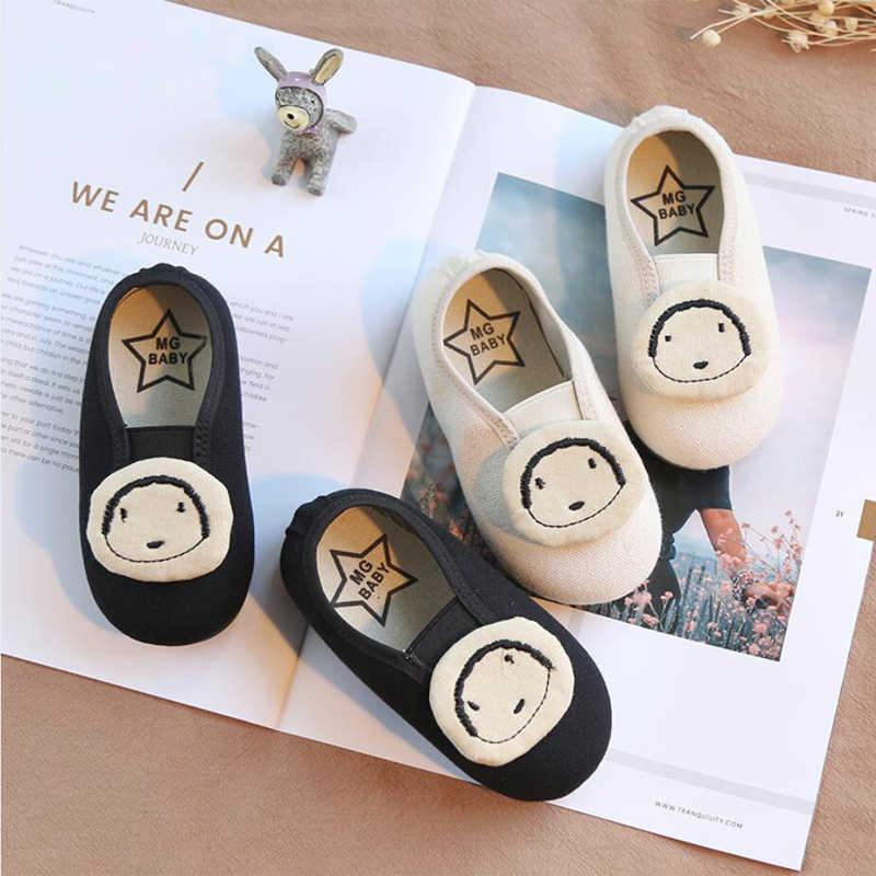 Kinderen Canvas Schoenen Baby Meisjes Sneaker Baby Jongens Sneakers Peuter Loafers 2018 Lente Zomer Flats Schoenen School Stretch Stof