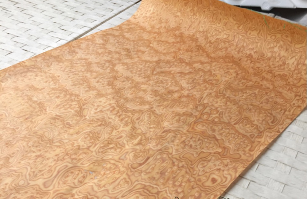 1Pieces L:2.5Meters Wide:60cm Thickness:0.25mm  Furniture Decoration Yellow Cat Technology Birdseye Wood Veneer