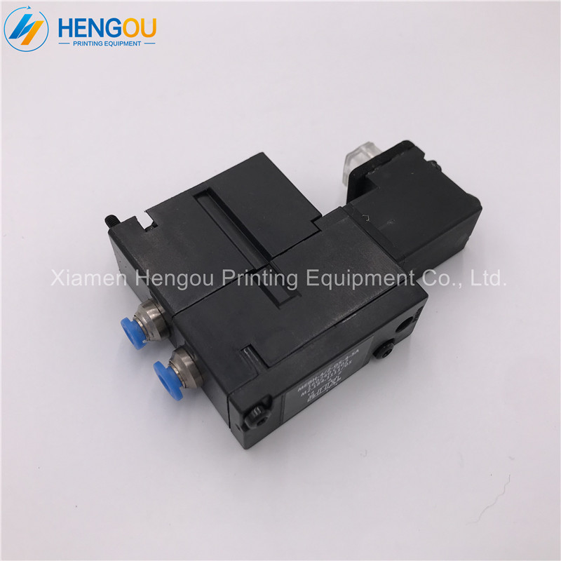 1 Piece New Hengoucn SM102 CD102 SM74 PM74 SM52 PM52 Machine Solenoid Valve M2 184 1111