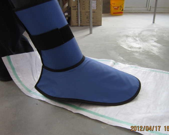 X-ray protection radiation boots cover , 0.5mmpb protective shoe covers.foot protective.