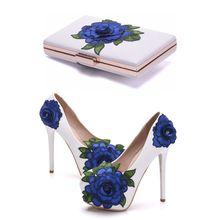 مطابقة زهرة أحذية مع
