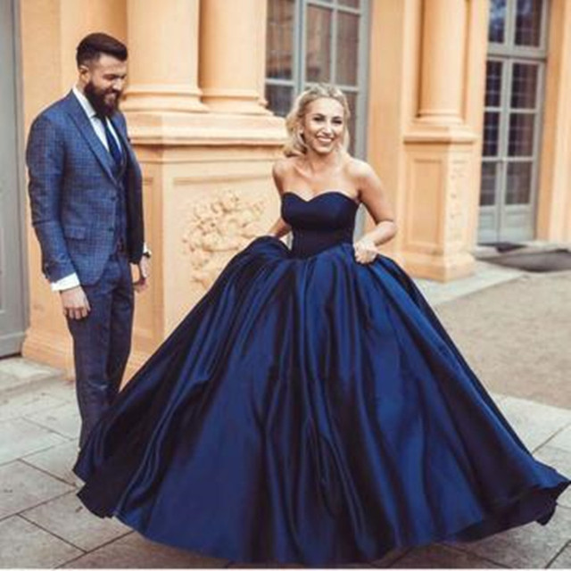 vinca sunny New Sexy navy blue sweetheart ball gowns satin wedding dresses  2019 Bridal Gown Vestido de Noiva 334f5c3b32c0