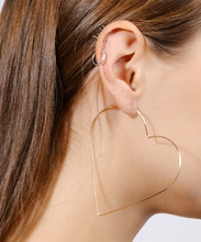 Female Jewelry Personality Exaggeration Sexy Trend Earrings Pentagonal Star Peach Heart Hollow Gift Wholesale