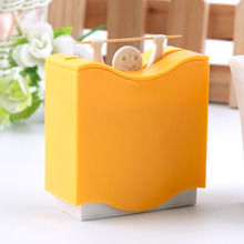 2016 CUTE Suoerior 1 pc Plastic Automatic Toothpick Holder Toothpick Box Dispenser Bucket Home Bar Table Accessories Popular
