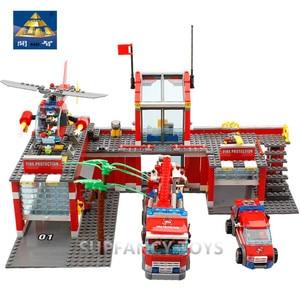 Image 2 - 774Pcs Stad Fire Fight Bouwstenen Sets Fire Station Urban Truck Auto Diy Bricks Brinquedos Playmobil Educatief Kinderen Speelgoed