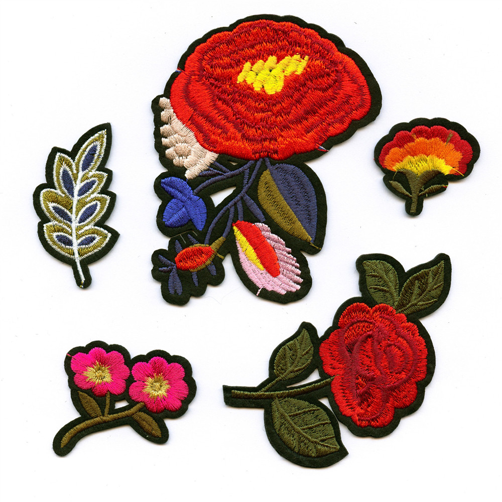 DOUBLEHEE 5 Estilos Vermelho vida Como Fire Flower Bordado Ferro Em Patches Para Vestuário Novo Design Beleza Remendo Etiqueta Emblemas diy