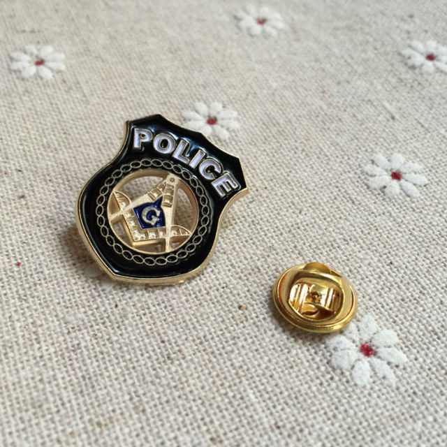 e5c55ebc4429 Soft enamel pins and brooch Masonic Lapel Pin square and compass emblem  inside the badge crafted