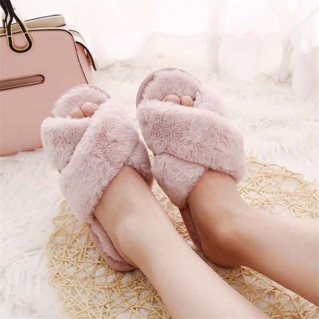COOTELILI Mulheres Chinelos Em Casa de Inverno com Pele Do Falso Moda Sapatos Quentes Mulher Deslizamento em Flats Feminino Slides Black Pink Plus tamanho 41