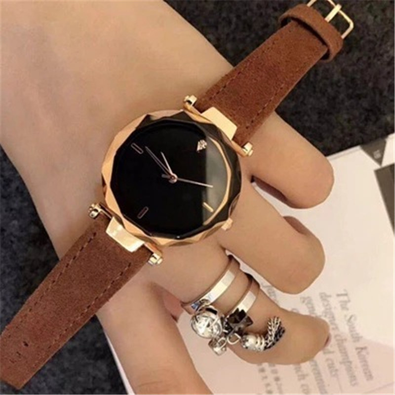 2019 Top Brand Casual Luxury Watches lady dress watch women Casual Leather quartz Women's Bracelet Watches