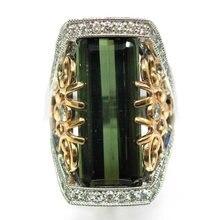 Роскошное винтажное кольцо с зеленым квадратным цирконием класса