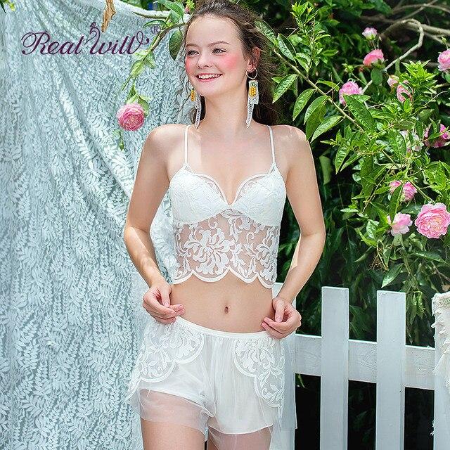Realwill Sexy Floral Lace Bra Set Thin Wire Free Bralette Comfortable  Underwear Women Lace Bra Brassiere Sexy Lingerie fa31f8931