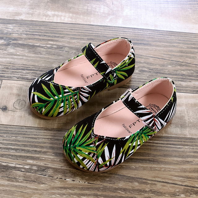 2018 Autumn new kids wedding shoes flat princess Plant printing pattern girls shoes Super soft and comfortable 1-8 years old Girl's Shoes