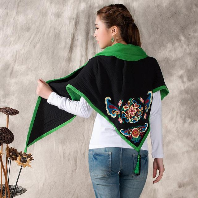 Ethnic Spring / Fall / Winter / New Wild Retro Chinese Style Embroidery Cotton Linen Scarves Ladies Shawl Triangle
