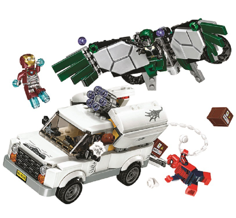 10746 SpiderMan Super Heroes Homecoming Building Blocks DIY Educational Bricks toys gift Compatible With 76083