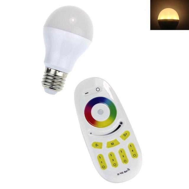 2016 venda quente E27 110 V 220 V RGBW Milight Lâmpada LED Sem Fio 2.4G RF Remoto Quente 2700-3200 K legal