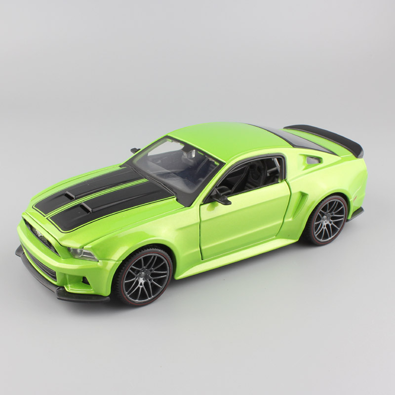 1:24 Scale maisto 2014 ford mustang Street Racer Vehicle sport GT diecasting style model miniatures auto cars gift toy green boy