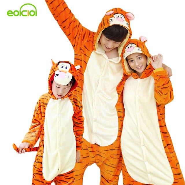 Семьи соответствия пижамы onesie женщины пижамы дома clothing животных пижамы для взрослых тигра дети рождество мать дочь одеть
