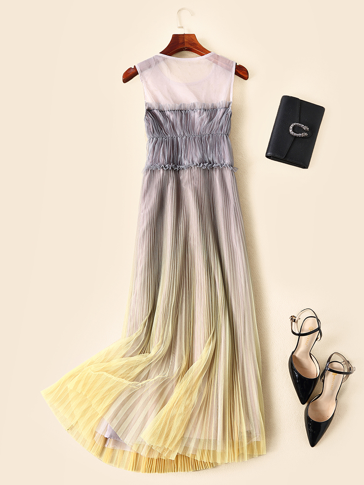 Europe and America women mesh pleated dress 2019 summer runways brand new sleeveless maxi dress Chic elegant party dress A430 in Dresses from Women 39 s Clothing