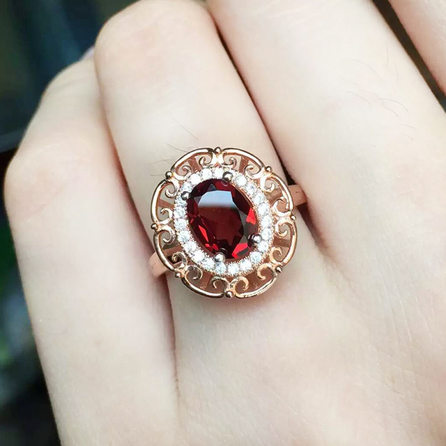 Luxurious garnet gemstone ring 6mm*8mm 1 ct natural Mozambique garnet gemstone solid 925 silver garnet ring for engagement