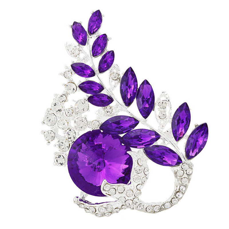 Diezi vintage marca moda Broches para las mujeres Boda nupcial Flor del  rhinestone broche Pasadores cristal broche joyería f7d03efc8d0