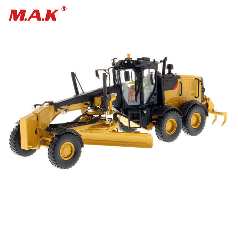 Kids toys 1/50 Scale Construction Vehicles 12M3 Motor Grader 1/50 Diecast High Line Truck Model Collection Diecast Model toy