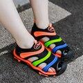 Детские летние сандалии  новая дизайнерская пляжная обувь для мальчиков  брендовые Мягкие Шлепанцы с закрытым носком для девочек  детские Н...