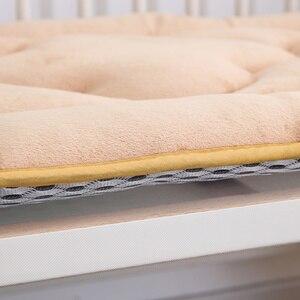 Image 5 - 65x120 cm Draagbare Baby Kinderen Crib En Peuter Matras Pad Cover Ademend Draagbare Afneembaar En Wasbaar Upgrade