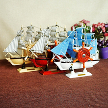 Innovative Woody Sailboat Molded Music Box Decoration Small Music Box Toy with Colored Sails Instrument Toy Gift