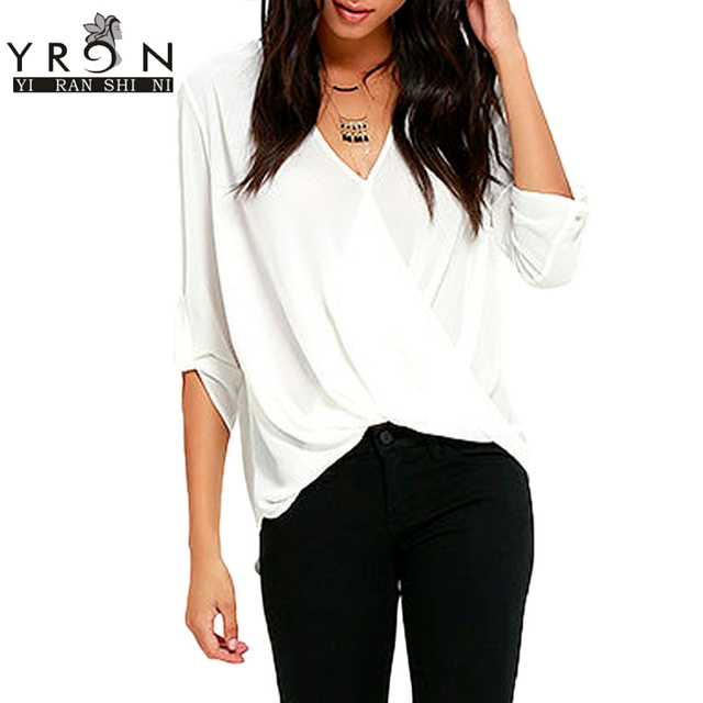 Yi Ran Shi Ni White V Neck Ruffle Loose Fit Blouse Top Sexy V-Neck Half Sleeve Large Size Women Shirts Blusen Women 2017 LC25825