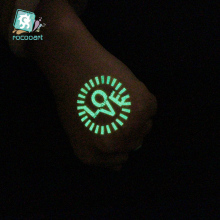 New 2019 Luminous Body Art Tatoo Wings Flower Butterfly Arrow Tattoo Designs Glowing in the dark Paint Temporary Fake Flash Taty 2016 unique european style taty tattoo glitter body art golden temporary tattoo metallic tongue flower bracelet tatoo designs