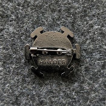 Аниме металлическая брошка Ван Пис 1