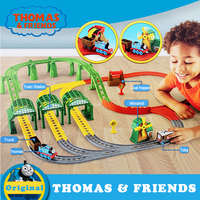 Thomas and Friends Matel Mini Train Car Toy Magnetic Track Brinquedos Thomas Busy Day On Sodor Deluxe Set Toy For Children