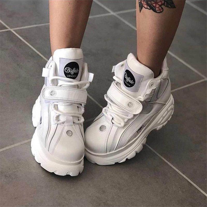 Marque de luxe chaussures designers blanc baskets femmes 2019 nouveau printemps en cuir véritable chunky baskets mode chaussures décontractées femmes