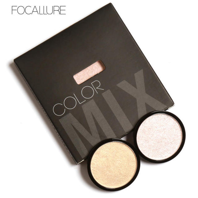 Illuminator Brightening Pressed Powder (5 Colours)