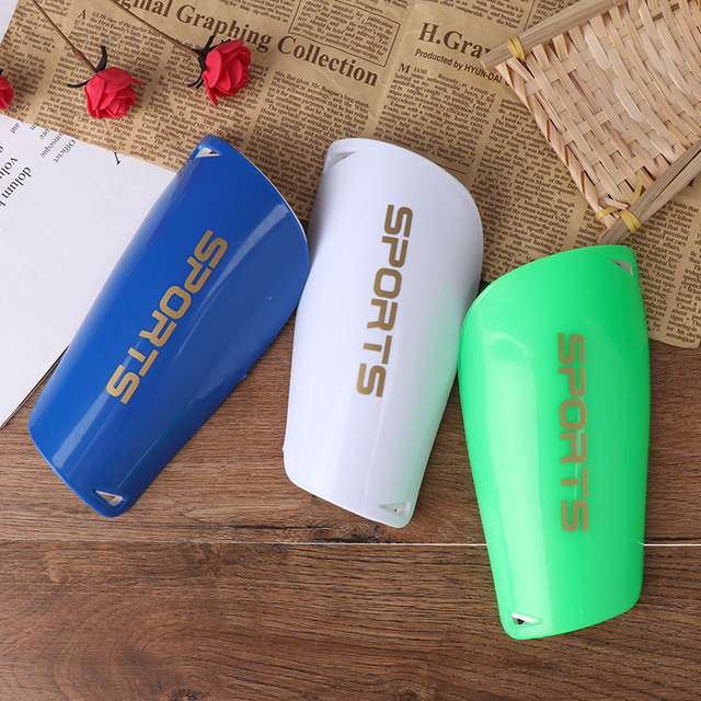 Pair-Soccer-Shin-Guards-Pads