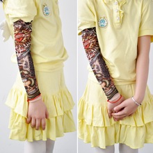 2pcs Tattoo Sleeve Child Sunscreen Sleeve Ice Sleeve Polyester Slit Print Cartoon Sleeve G0615 slit sleeve metallic tee