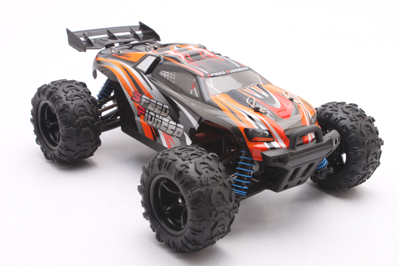 RC Car 2.4GHz Rock Crawler Rally Car 4WD Truck 1:18 Scale Off-road Race Vehicle Buggy Electronic RC Model Toy 9302 цена