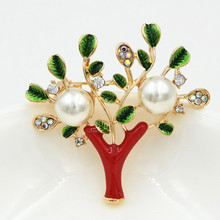 New Christmas Tree Brooch Pearl Crystal Fine Jewelry Brooch For Women Gift pulatu red crystal lobster brooch gift for girlfriend