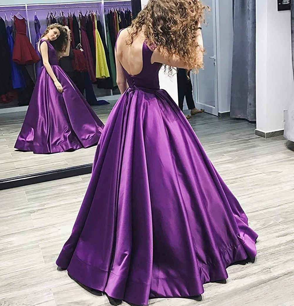 Sexy Long   Prom     Dresses   2019 New Arrival Backless Floor Length Simple A Line Special Occasion Evening Gowns Custom Made