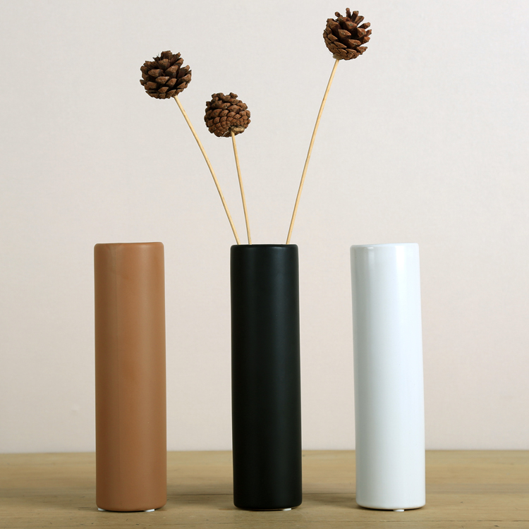 Simple modern matt black ceramic art vase living room for Modern living room vases
