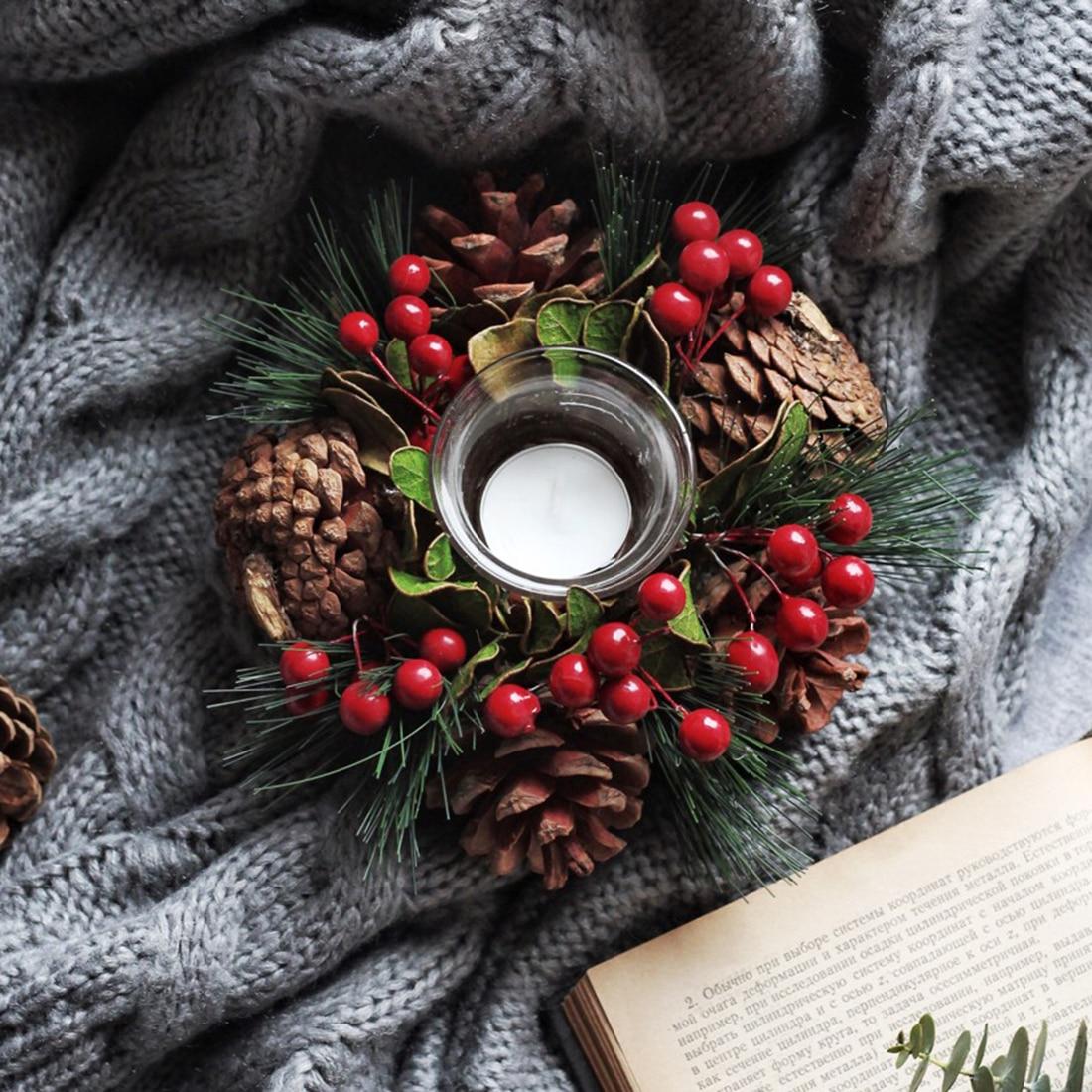 Nouvelle Creative Pomme De Pin De Noël Bougie Titulaire Pin Aiguille Branche Bougie Maîtresses Pour La Maison De Noël Décor Vente Chaude