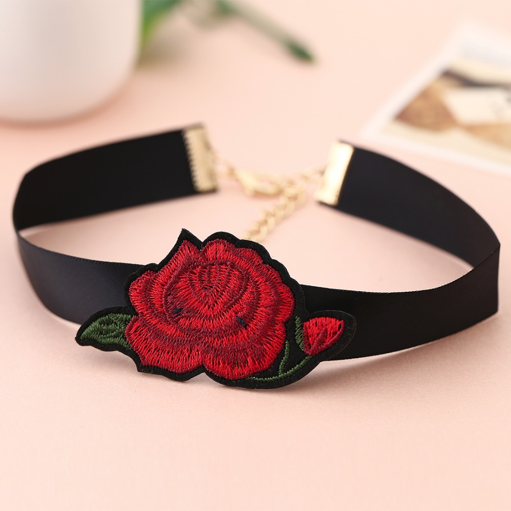 HTB1qgWdQXXXXXa1apXXq6xXFXXXe Tattoo Style Embroidered Flower Fashion Choker For Women - 2 Styles